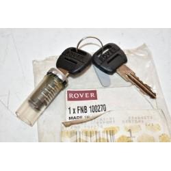 Lucchetto cassetto portaoggetti e chiavi